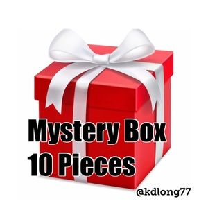 Other - 💝 MYSTERY Reseller BOX 💝